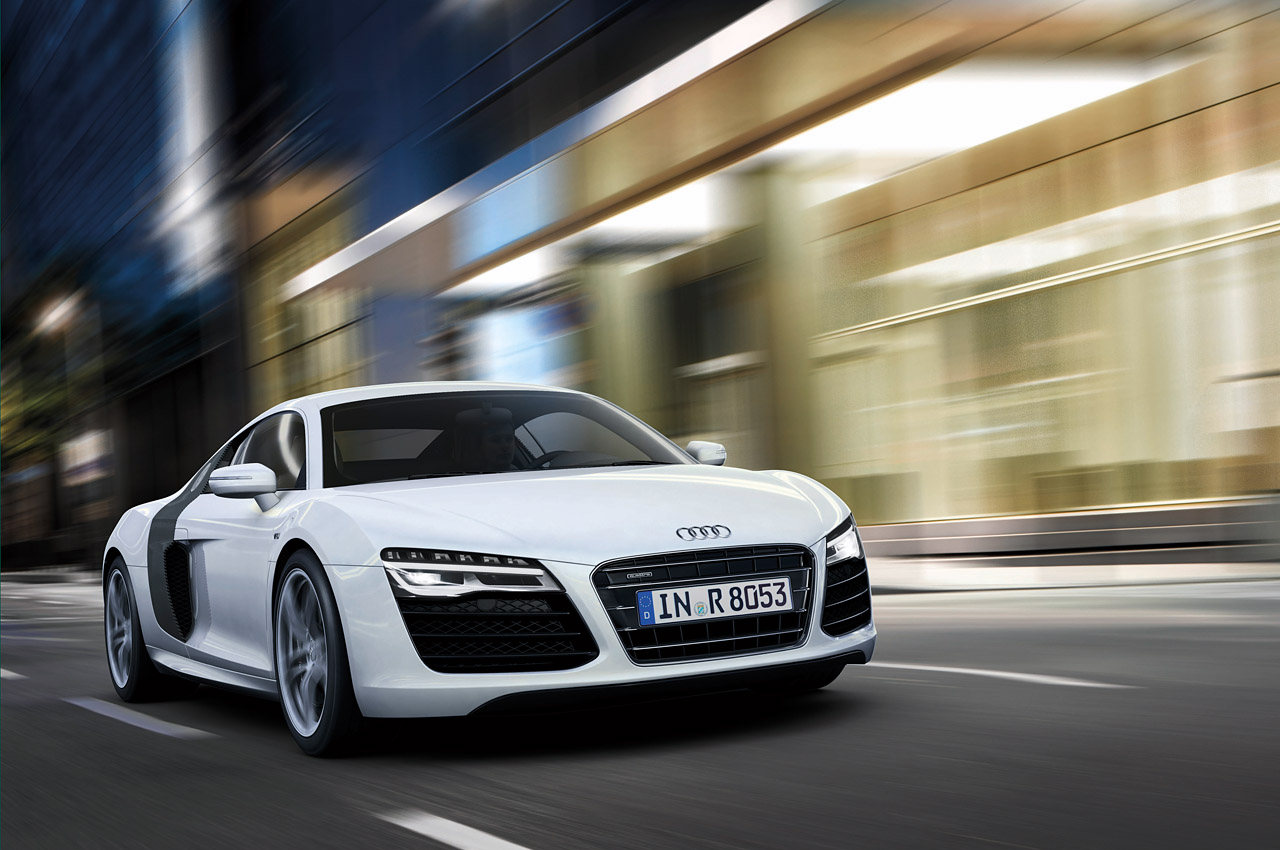 Cars Audi Roads R8 White V10 Wallpaper Allwallpaper In: Audi Refresca El R8 Por Dentro Y Por Fuera