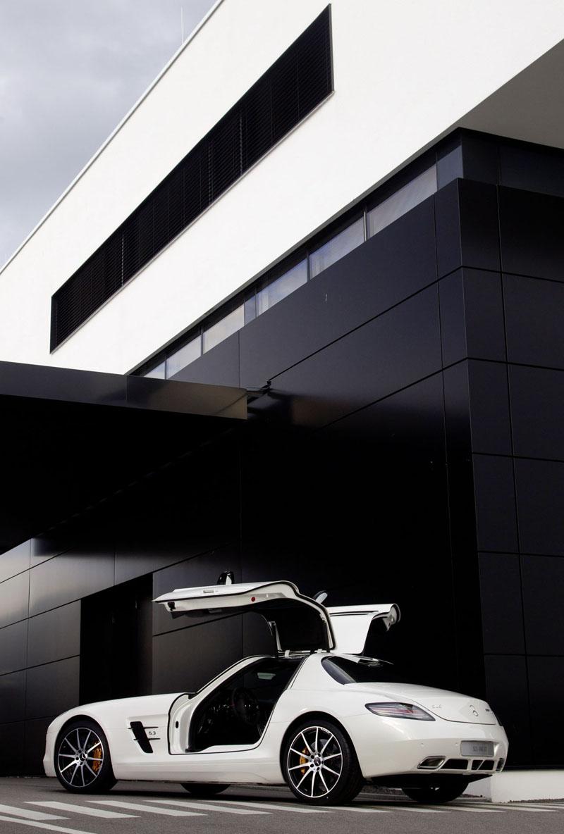 El nuevo mercedes benz sls amg gt vuelve obsoleto al sls for Mercedes benz sls gt amg