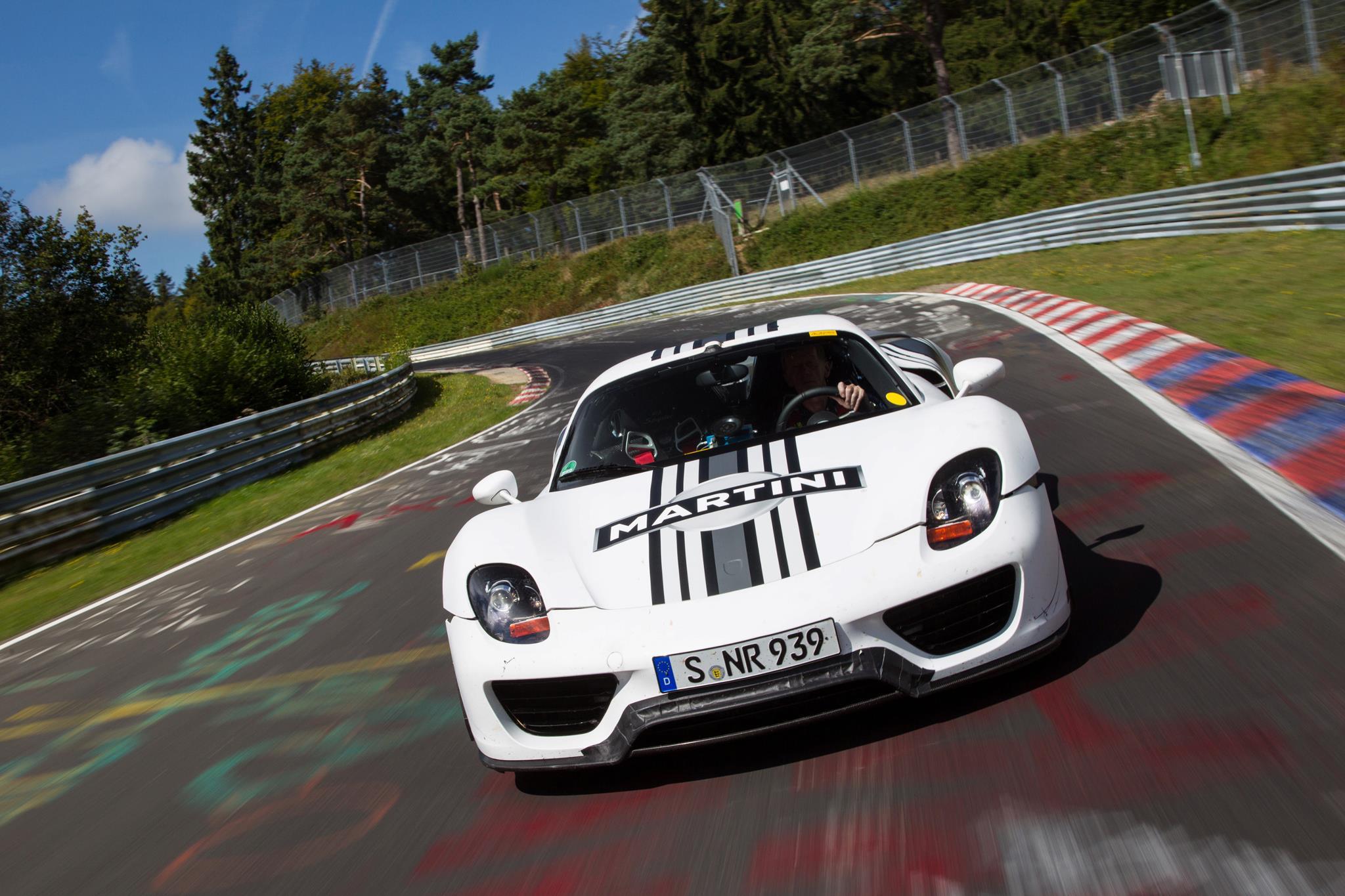 porsche 918 spyder nurburgring test auto blog. Black Bedroom Furniture Sets. Home Design Ideas