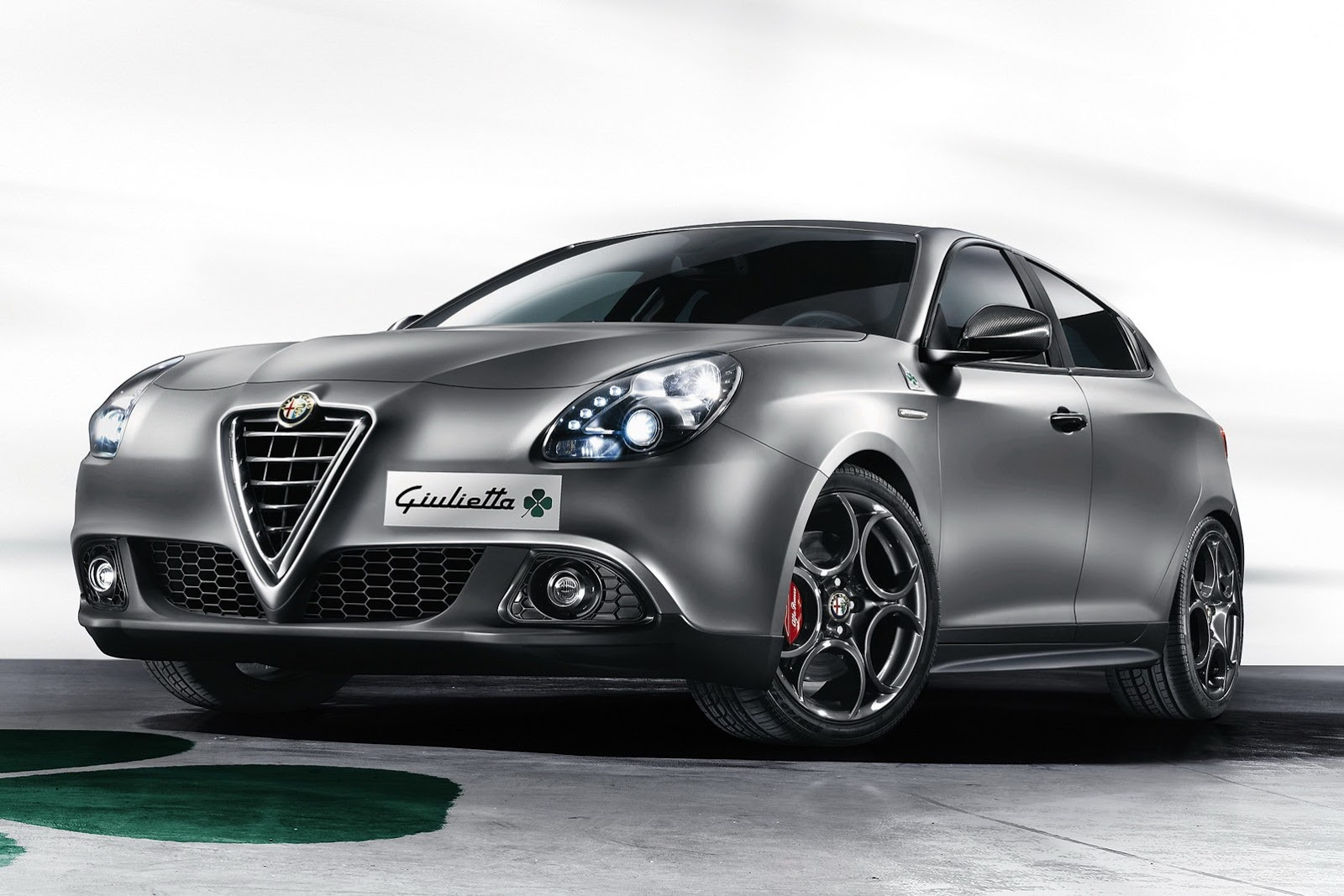 alfaromeo giulietta. Black Bedroom Furniture Sets. Home Design Ideas