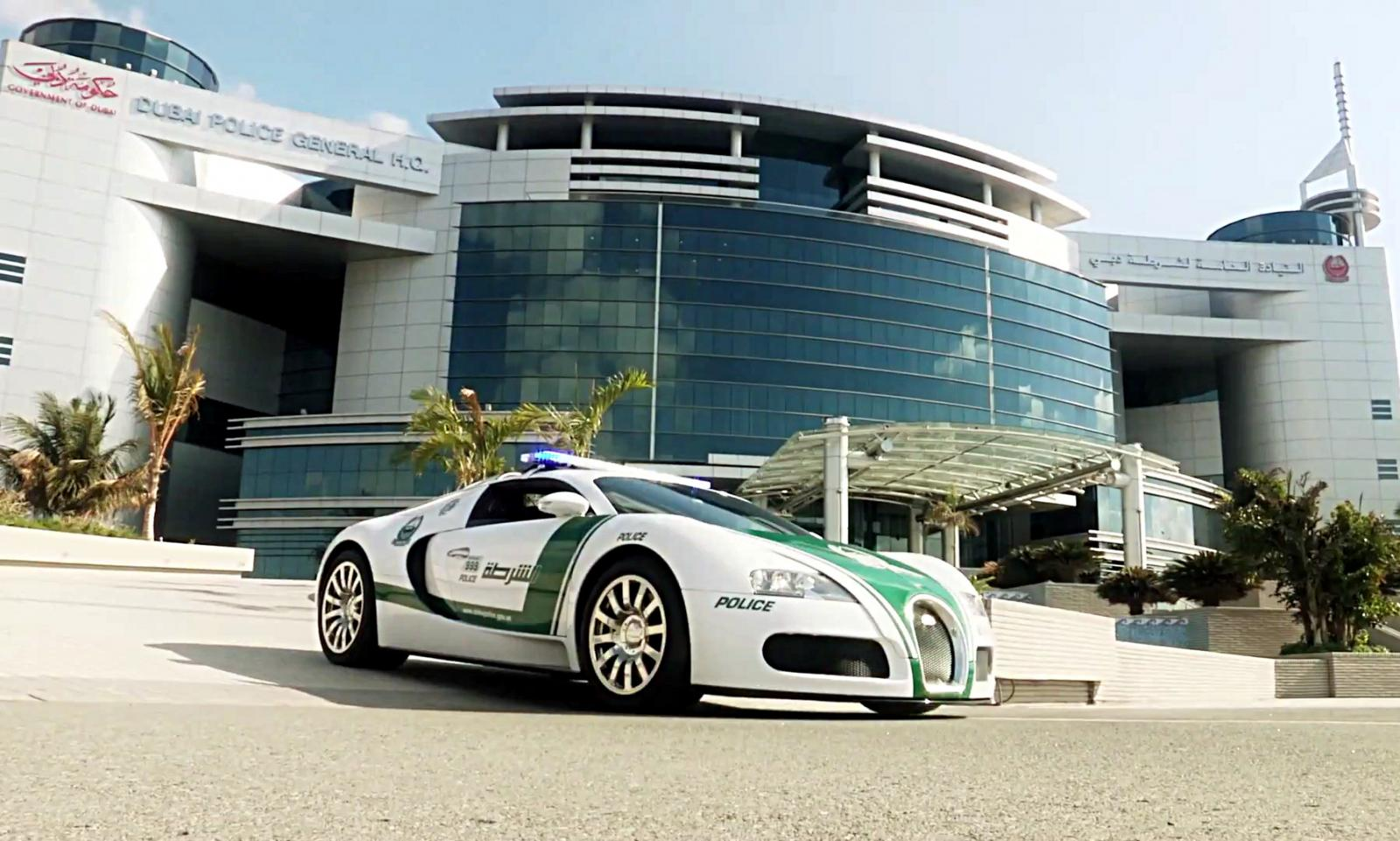 bugatti veyron dubai police auto blog. Black Bedroom Furniture Sets. Home Design Ideas