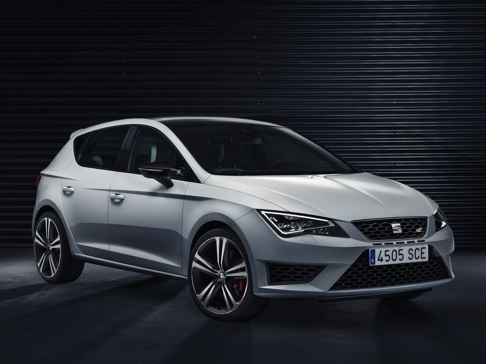 seat leon cupra 2014 auto blog. Black Bedroom Furniture Sets. Home Design Ideas