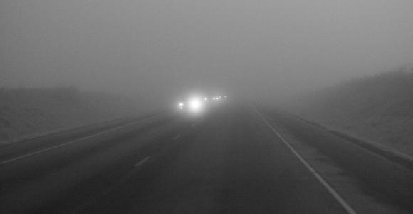 Cuándo y cómo usar las luces de niebla