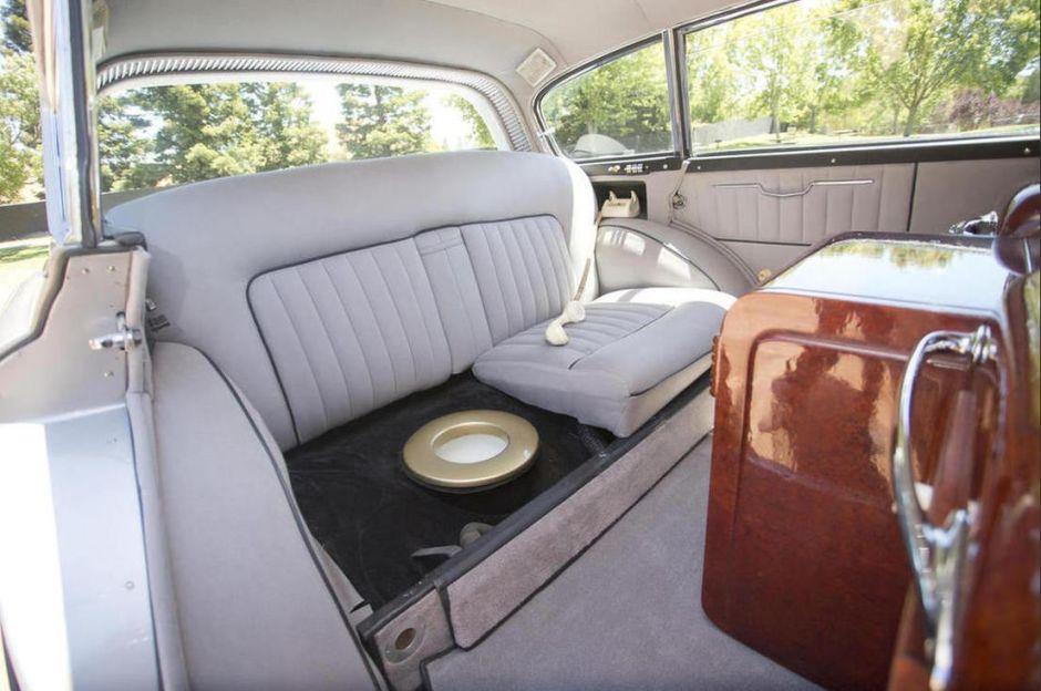 El Unico Rolls Royce Con Escusado En El Mundo Auto Blog